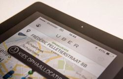 espagne cinq chauffeurs de taxi arretes apres avoir agresse un collaborateur d 39 uber