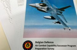 remplacement des f 16 la defense convoite les avions les plus chers