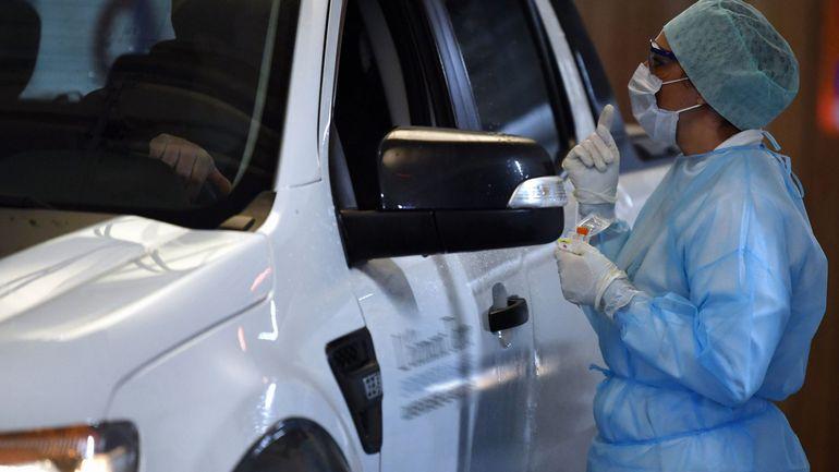 """Coronavirus: """"Oui, il y aura un déploiement des tests sérologiques en Belgique"""", dit Emmanuel André"""