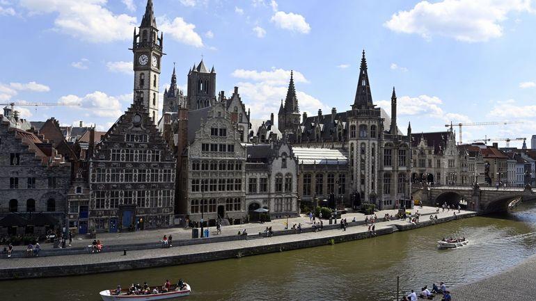 Coronavirus en Flandre: les patrons estiment «positif que l'économie puisse continuer de tourner»