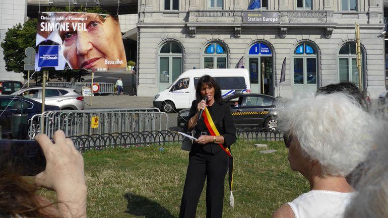 Bruxelles: rassemblement en hommage à Simone Veil devant le Parlement européen