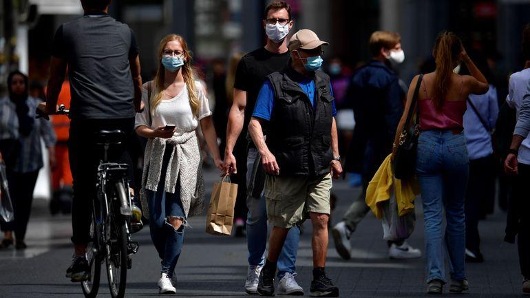 Coronavirus en Belgique ce 30 juillet : le nombre d'infections en moyenne par jour atteint près de 350 (+77%)