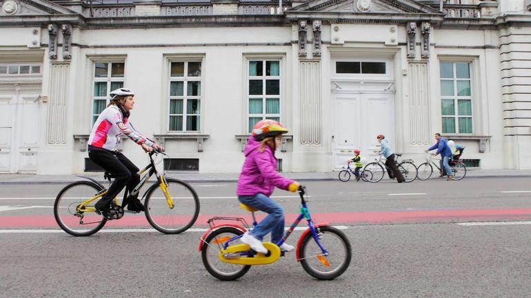 Coronavirus à Bruxelles : le masque n'est plus obligatoire lorsqu'on est à vélo