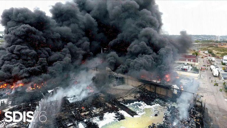 L'ISSeP rassure: l'incendie de Lubrizol n'a pas de conséquences graves en Belgique
