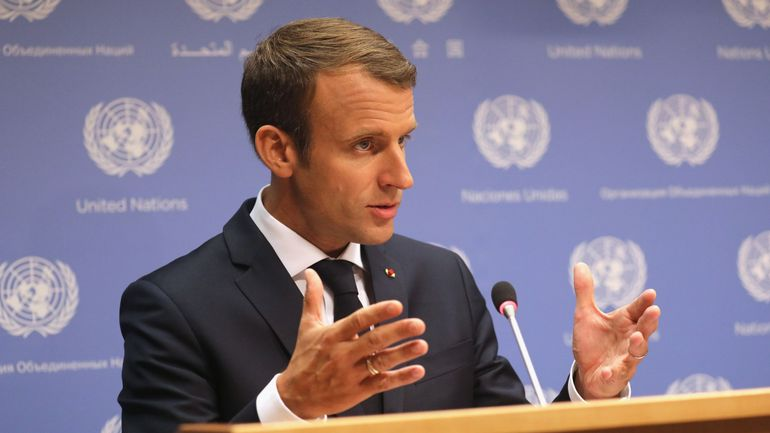 """Emmanuel Macron: Assad est un """"criminel"""" mais c'est aux Syriens de choisir"""