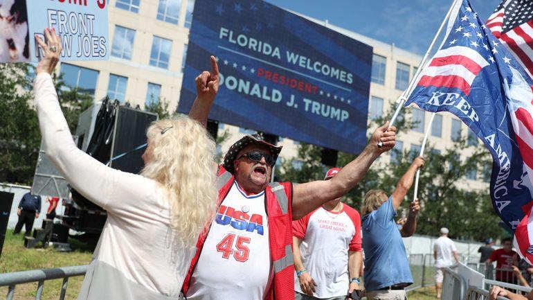 Trump donne le coup d'envoi de sa campagne pour 2020 en Floride