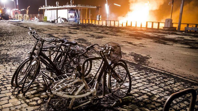 """Pays-Bas: les autorités mises en cause pour des """"tornades de feu"""" lors du Nouvel an à Scheveningen"""