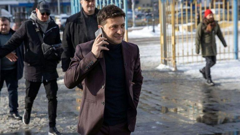 """Le """"clown"""" Zelensky qui bouscule la course à la présidence en Ukraine"""