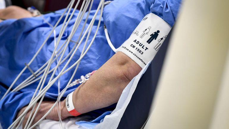 Coronavirus en Belgique: plus de 1000 personnes ont été infectées en milieu hospitalier, selon Sciensano