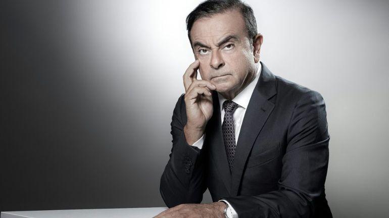 """Carlos Ghosn dénonce """"un complot"""" de Nissan dans la presse"""