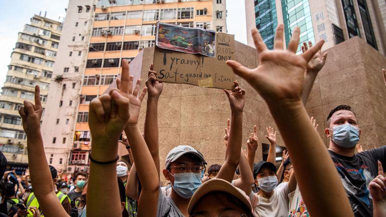 """Hong Kong : la justice """"profondément préoccupée"""" par la loi sur la sécurité imposée par la Chine"""