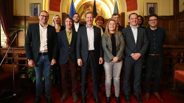 Communales 2018: le jeu des chaises musicales dans les conseils communaux commence