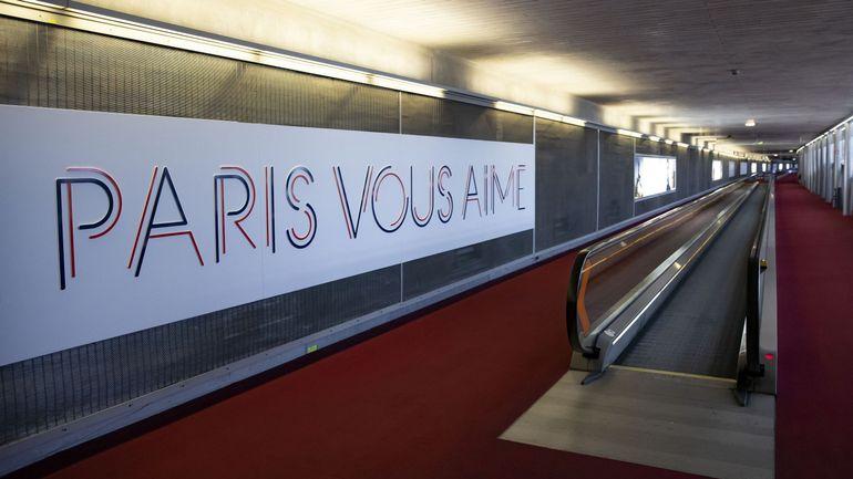 """Coronavirus en France: tests """"systématisés"""" aux aéroports pour les voyageurs de pays à risque"""