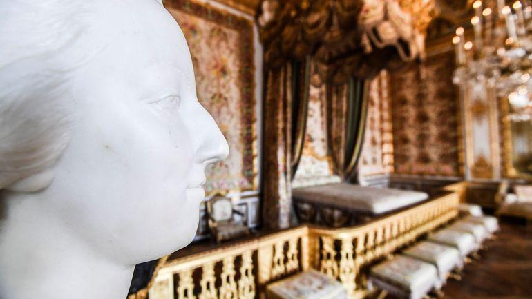 Marie-Antoinette suscite l'engouement, vive bataille aux enchères pour des objets lui ayant appartenu