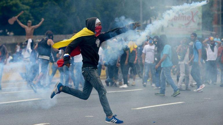 Venezuela: l'opposition poursuit ses manifestations