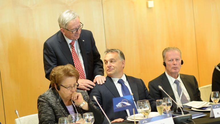 """""""Une mise à l'écart historique du parti de Viktor Orban"""", selon le CDH"""