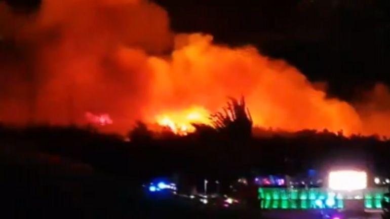 Croatie: 10.000 touristes évacués d'une plage en pleine fête à cause d'un feu de forêt