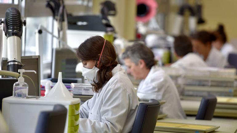 Moins de femmes dans le domaine scientifique en Belgique