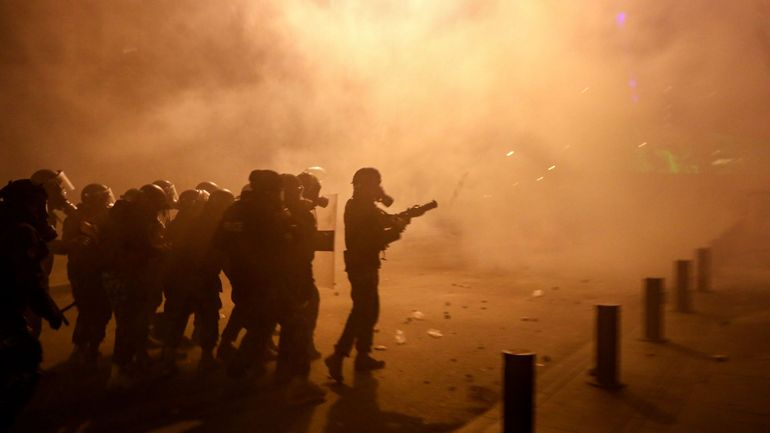 """Violences au Liban: la contestation n'est plus une fête, """"la tension est montée d'un cran"""""""
