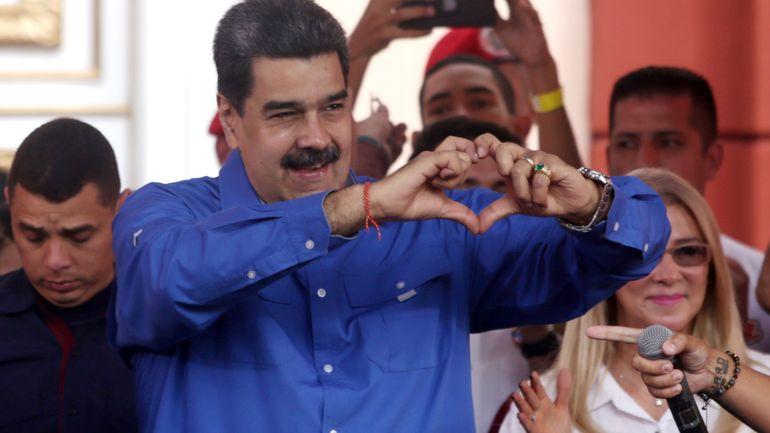 Venezuela: des troupes se massent près de la Colombie pour des manoeuvres