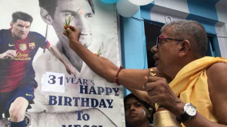 Inde: des fans de Lionel Messi fêtent son 31e anniversaire