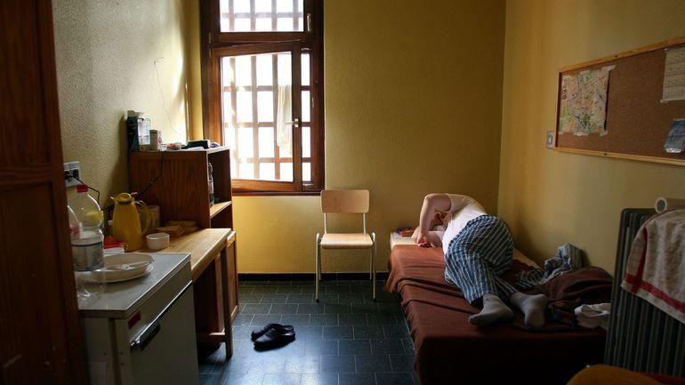 Coronavirus en Belgique: un préavis de grève menace l'ouverture des prisons aux visiteurs