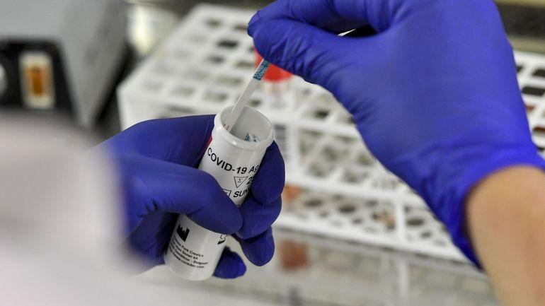 Coronavirus: pourquoi la Belgique avait si peu de tests de dépistage au début de l'épidémie?