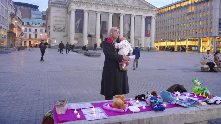 Bruxelles: veillée pour le rapatriement des enfants belges nés en Syrie