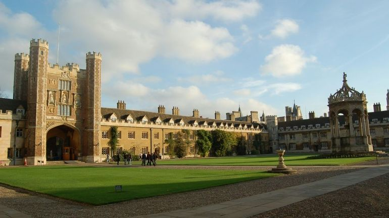 Coronavirus au Royaume-Uni: Cambridge donnera tous ses cours en ligne l'an prochain