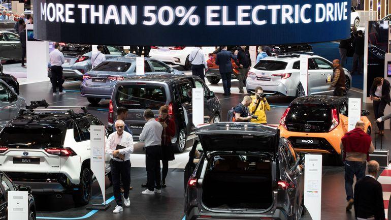"""Le salon de l'auto a accueilli plus de 500.000 visiteurs: un """"succès total"""", se réjouit la Febiac"""
