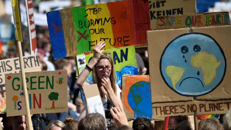 Climat: les jeunes brossent et défilent aussi dans le reste de l'Europe