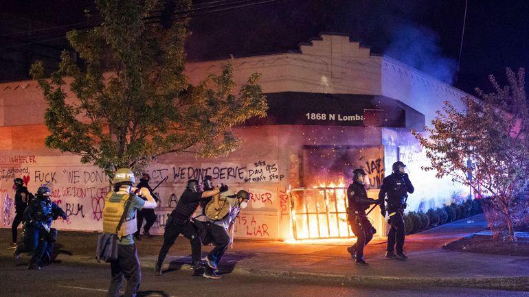 Violences policières contre les Afro-Américains : Etats-Unis, un mort à Portland lors de heurts entre manifestants antiracistes et pro-Trump