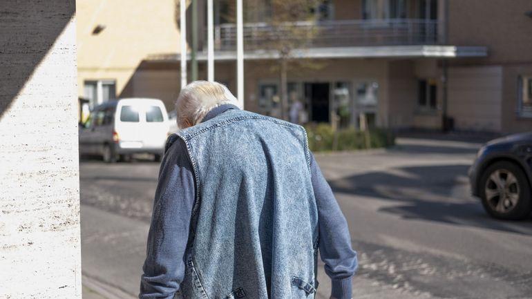 Coronavirus en Belgique: des tests pour tous les habitants et le personnel des établissements de santé, selon la taskforce