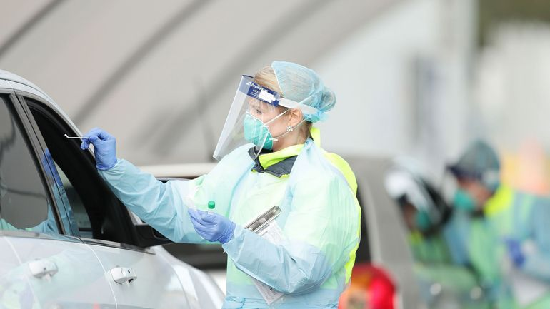 Coronavirus en Belgique: une hausse de 11% des contaminations, faut-il s'inquiéter?