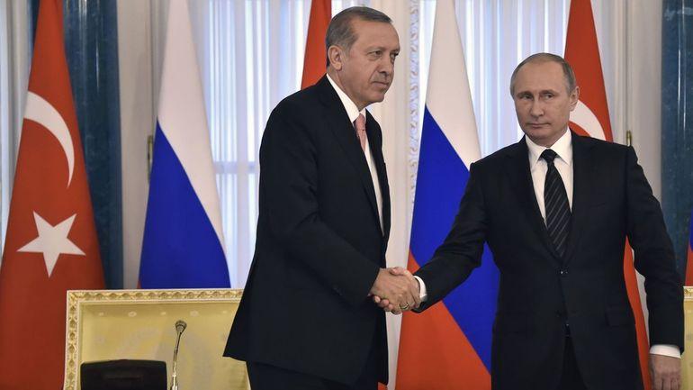 Un sommet Erdogan-Poutine-Macron-Merkel aura lieu sur la Syrie à Istanbul le 27 octobre
