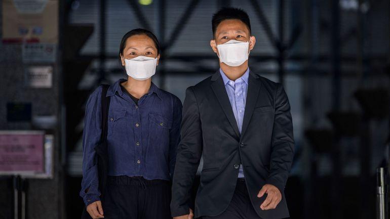 Hong Kong: un couple poursuivi pour émeutes a été acquitté, une décision qui pourrait faire jurisprudence