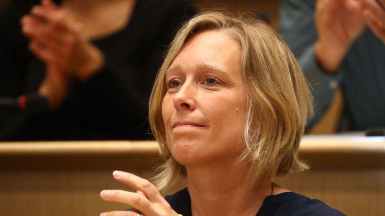 La ministre de l'Enfance Bénédicte Linard réclame le rapatriement des enfants et de leurs mères détenus en Syrie