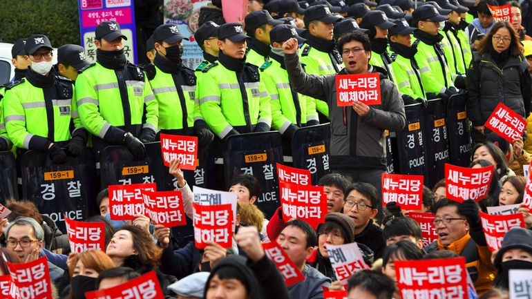 Corée du Sud: l'opposition a déposé une motion de destitution