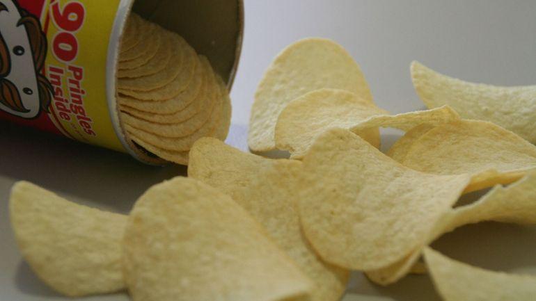 Grande America: 6 tonnes de chips repêchées du fond de l'océan