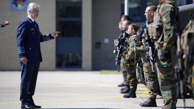 Coronavirus en Belgique: le roi Philippe a visité la base aérienne de Kleine-Brogel en période de Covid-19
