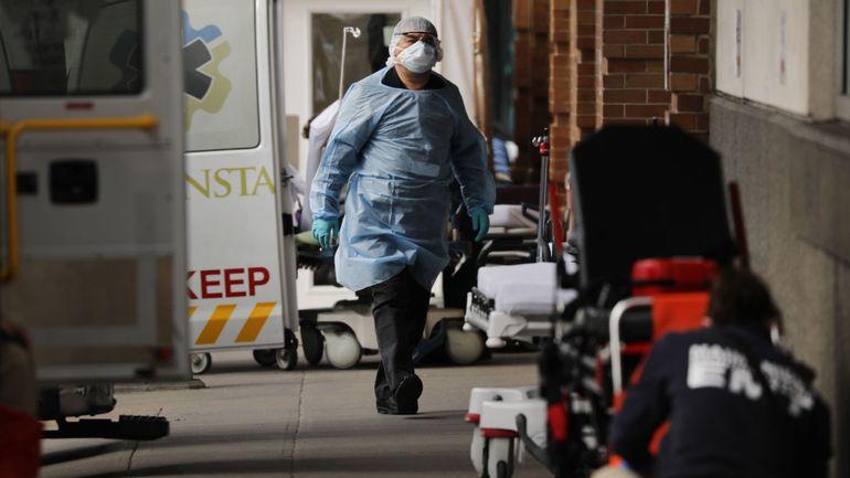 Coronavirus: près de 1200 morts aux Etats-Unis en 24h, pire bilan quotidien dans un pays