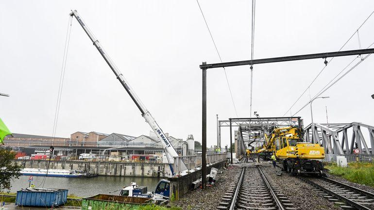 Rénovation d'un pont : le trafic ferroviaire entre Malines et Termonde est à l'arrêt jusqu'au 26 juillet