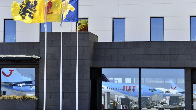 Seule la version néerlandaise des nouveaux tarifs de l'aéroport de Bruxelles-National est officielle? Vexatoire et illégal, estime une asbl qui porte plainte!