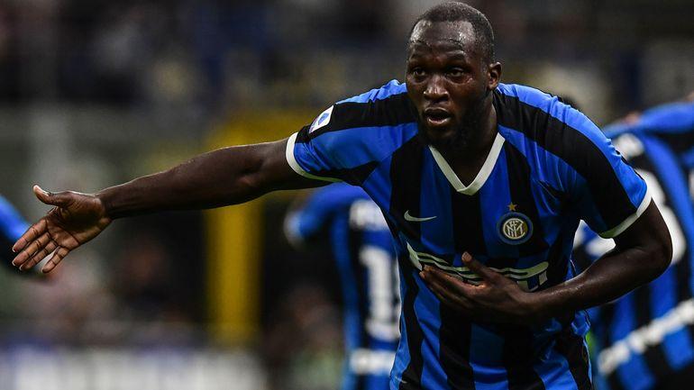 Romelu Lukaku victime de cris racistes lors d'un match de foot à Cagliari en Italie