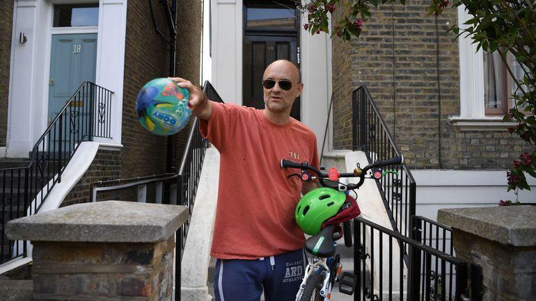 Coronavirus en Grande-Bretagne: Dominic Cummings, proche conseiller de Boris Johnson, accusé d'avoir enfreint les règles de confinement