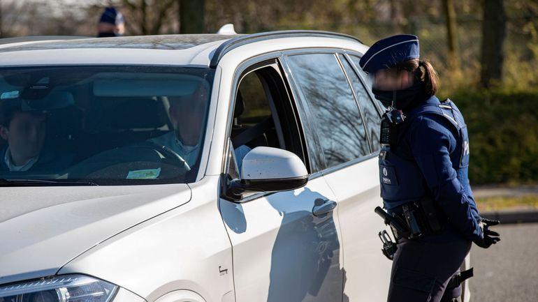 Confinement en Belgique: des règles plus claires pour la police, mais des interprétations toujours possibles