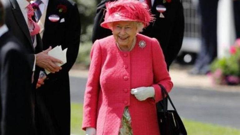 Et si les Anglais envoyaient Elisabeth II à Bruxelles pour négocier le Brexit?