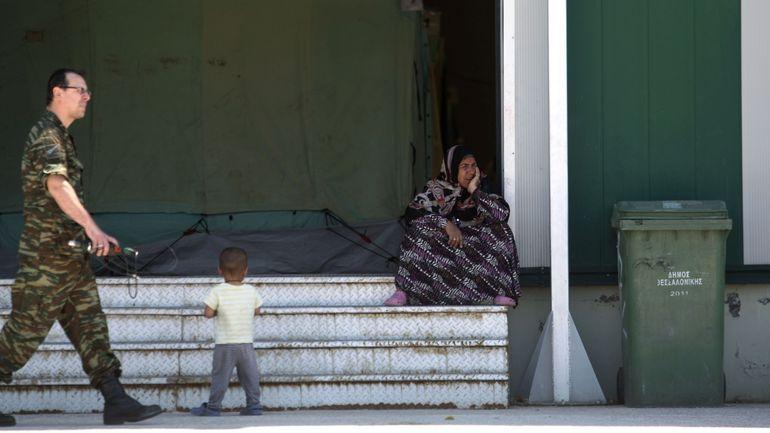 """Grèce: les nouveaux centres pour les réfugiés évacués d'Idomeni """"pas à la hauteur"""""""