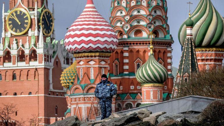 Coronavirus en Russie : ceux qui enfreignent les mesures de confinement pourraient risquer sept ans de prison