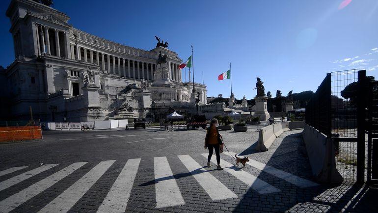 Coronavirus en Italie: moins de 1000 malades en soins intensifs, une première depuis deux mois
